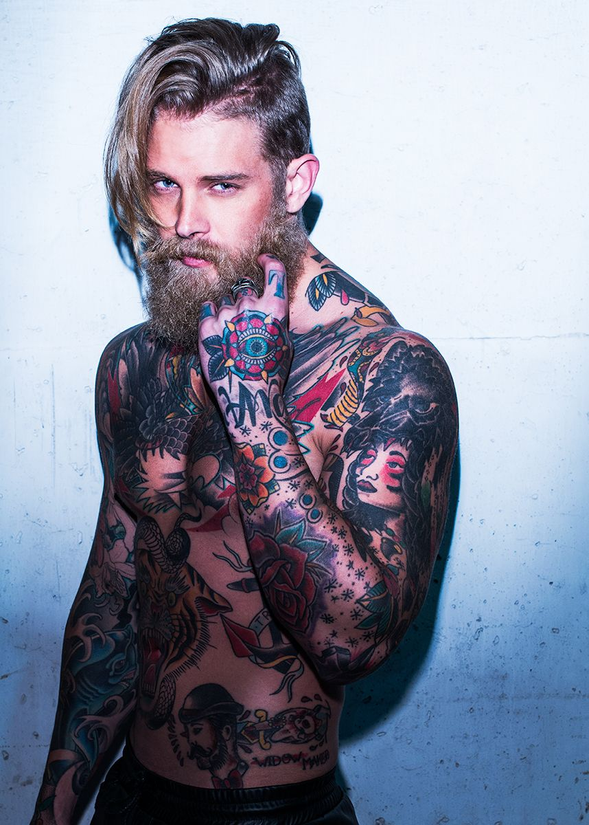 Парни с татуировками Фото мужчин и парней