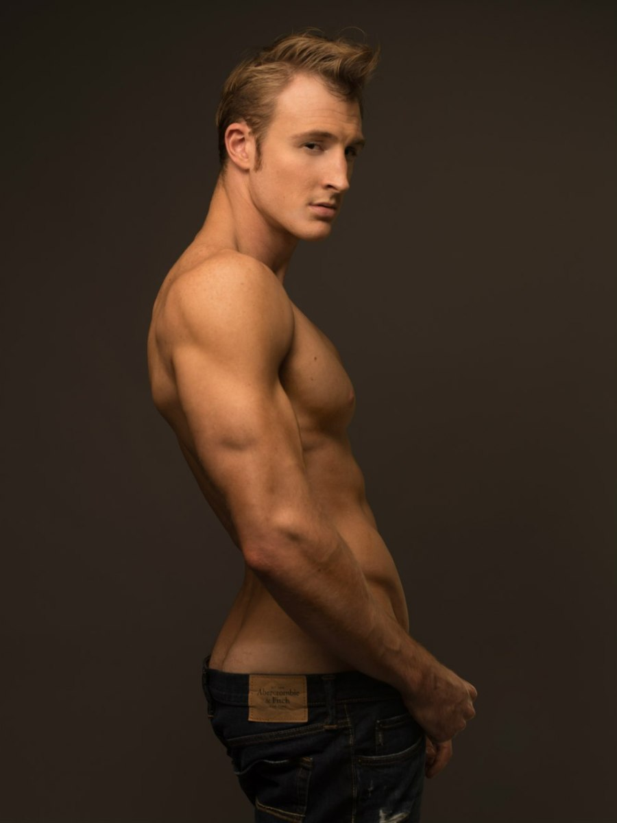 THE SEXY MIKE VONA SHOT BY PHOTOGRAPHER JADE YOUNG